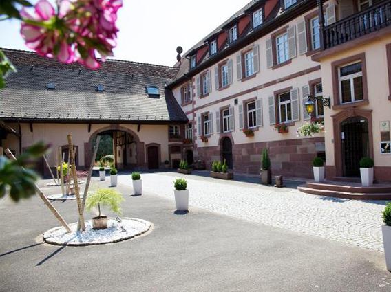 Extension et réaménagement de l'Hôtel-Restaurant «Cheval Blanc» à Lembach : construction d'un SPA - Groupe Ecade