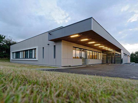 Construction d'un centre de dialyse et centre de santé à Plourin-les-Morlaix - Groupe Ecade